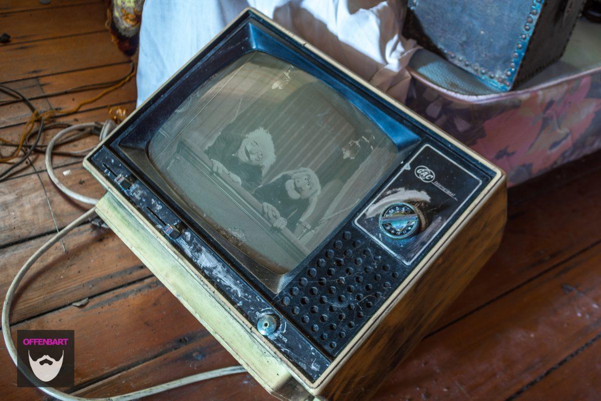 Bildnachweis: Statler and Waldorf by kurnmit PDM 1.0 und Old School TV by darkday CC-BY 2.0, montiert und bearbeitet von Simon Mallow.
